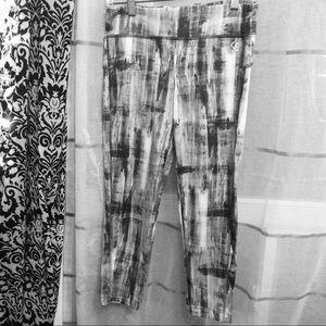Mid-rise multi Live Love Dream cropped leggings